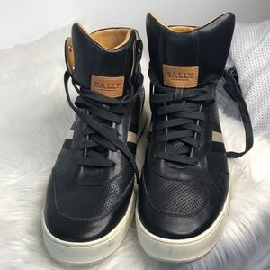 BALLY Black leather high tops size 40